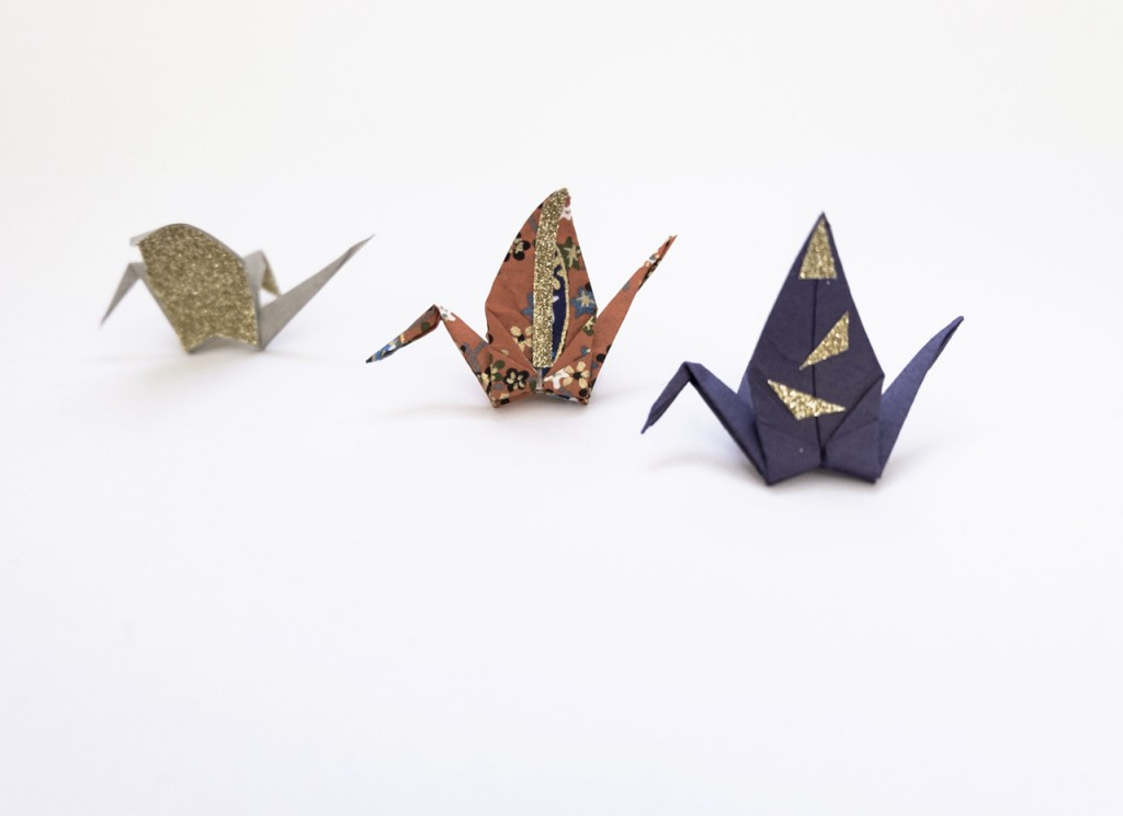 How to Customize your origami cranes ...
