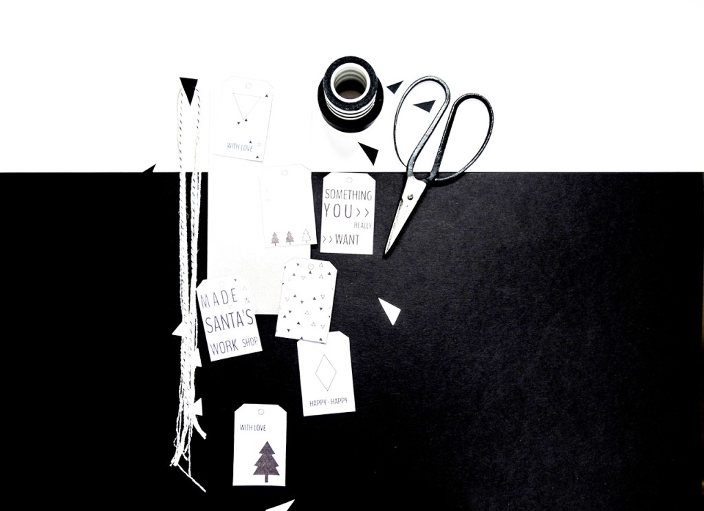 Black & white gift wrapping kit