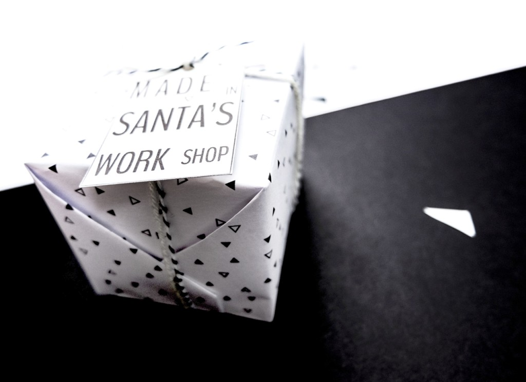 Exemple d'emballage avec étiquette MADE SANTA'S WORK SHOP