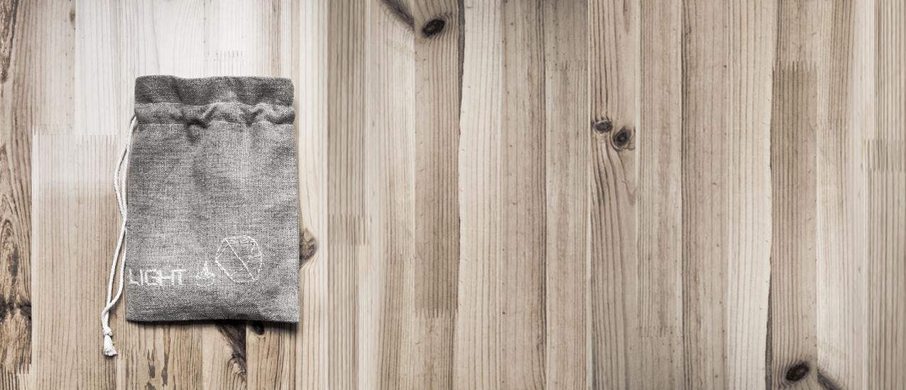 Pochette grise cousue main