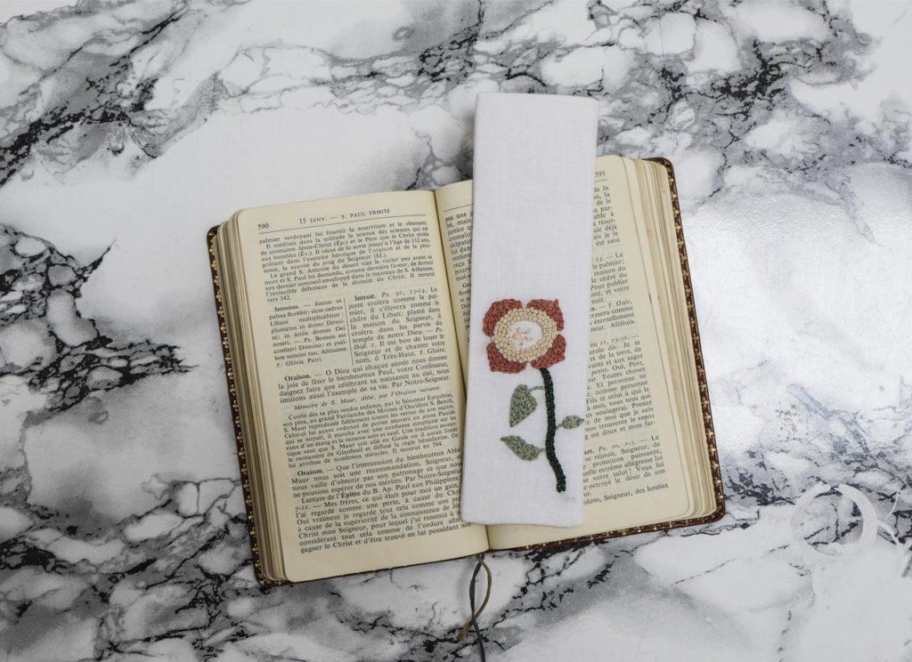 Marque-page fleur